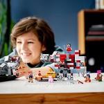 Minecraft LEGO21163 TheRedstoneBattleBuildingSetwithGolemandMonsterFigures ToysforKids8+YearsOld